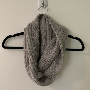 Aeropostale Grey Knit Circle Scarf